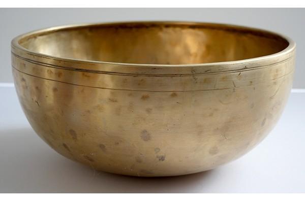 """Medium 9 ½"""" Antique Jambati Singing Bowl – D3 (146/9Hz) - Reduced"""