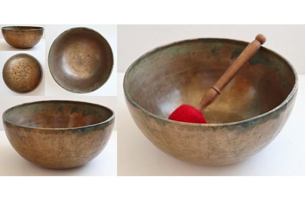 "Heavy 10 ¾ "" Antique Jambati Singing Bowl – Rare Low & Lovely A2 (112Hz)"