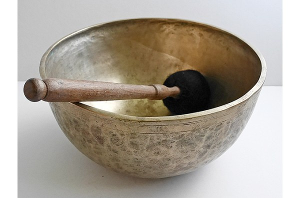 "Antique 10 ¾"" Jambati Singing Bowl – Rare Low Concert Pitch G2 (97.5Hz)"