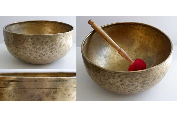 "Huge 12 ¼"" Antique Jambati Singing Bowl – F#2 (94Hz)"
