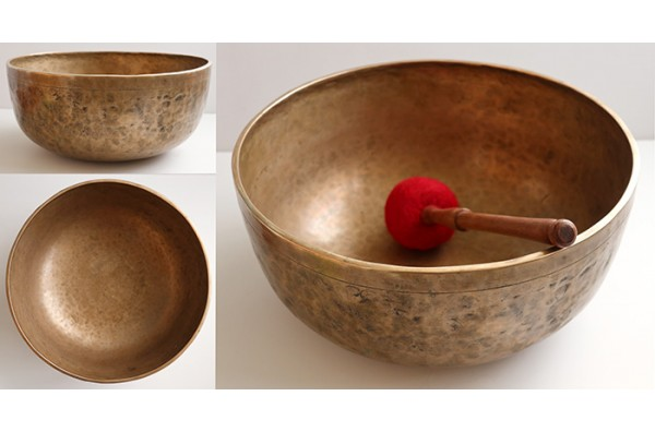 "Glorious Massive 13 ½"" Antique Jambati Singing Bowl – C2/G3 Duel Concert Pitch"