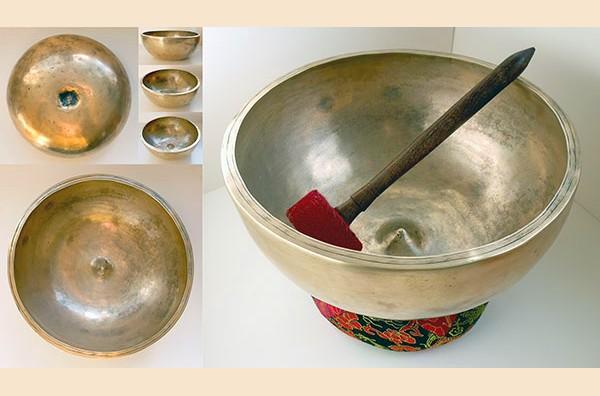 Enormous 11½ inch Antique Ceremonial Lingam Bowl – Fabulous F#3 (187Hz)