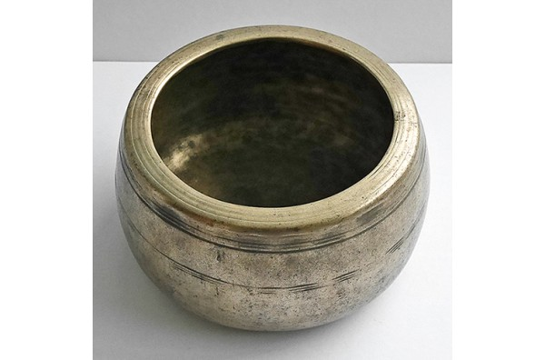 Rare Large Antique Mani Singing Bowl – A5 (872Hz)