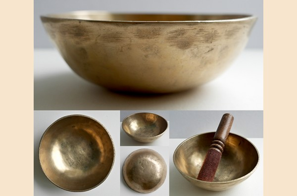 Small Antique Manipuri Singing Bowl – A3 & Eb5