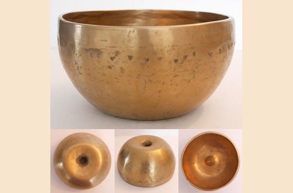 Medium-Small Antique Lingam Singing Bowl – F4 (344 Hz)
