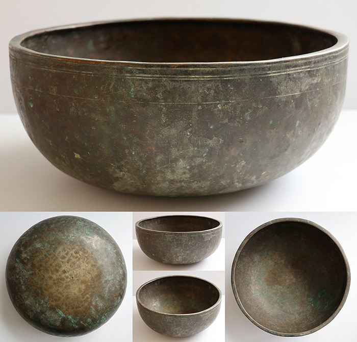 "Superb Large 12 "" Antique Jambati Singing Bowl in 'As Found' Condition – D3 (144Hz)"