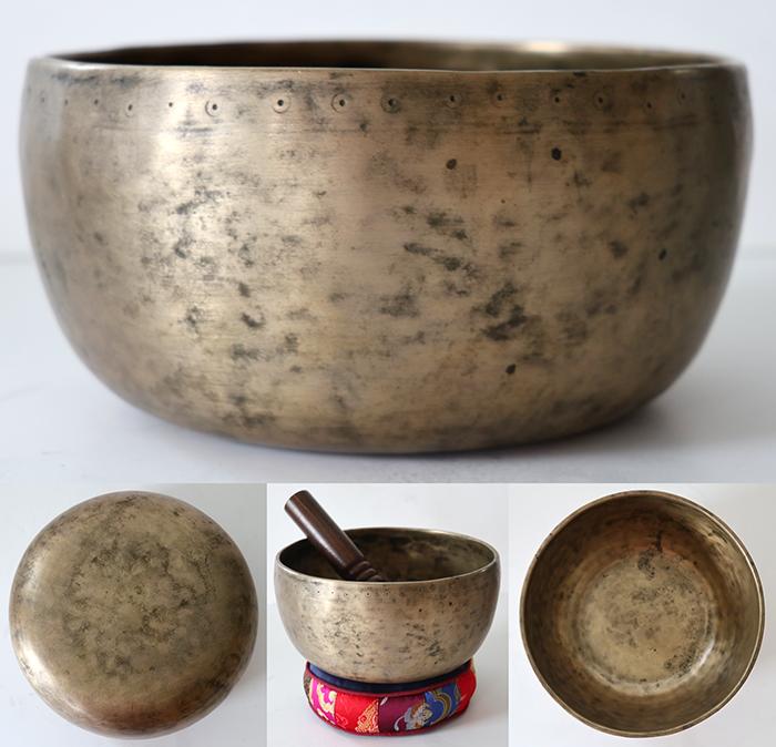Interesting & Characterful Antique Thadobati Singing Bowl – A3