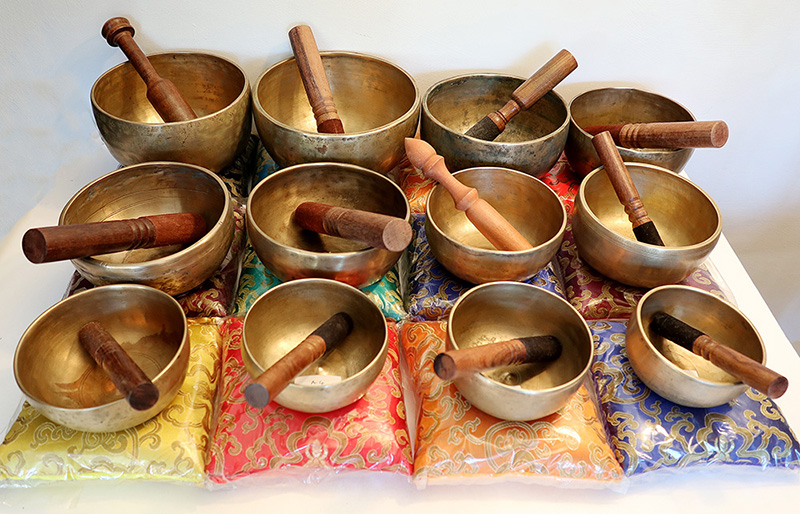 A ONCE-IN-LIFETIME OPPORTUNITY TO ACQUIRE A COMPLETE 12-PIECE CHAKRA SET OF RARE ANTIQUE LINGAM BOWLS