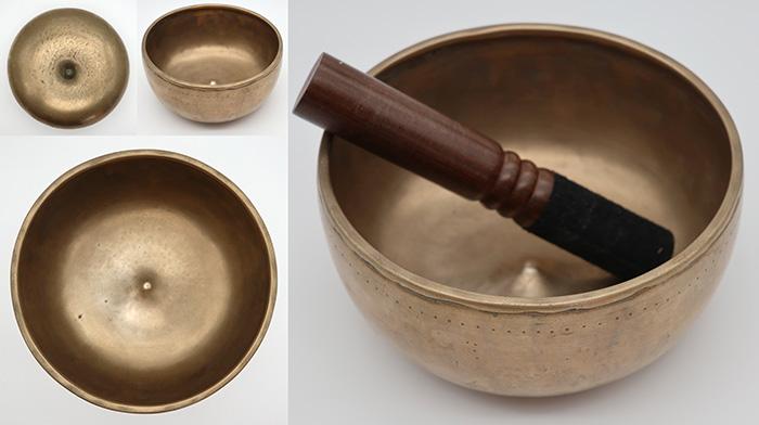 Rare Antique Lingam Singing Bowl – D4 (289Hz) - Suns - Inclusions