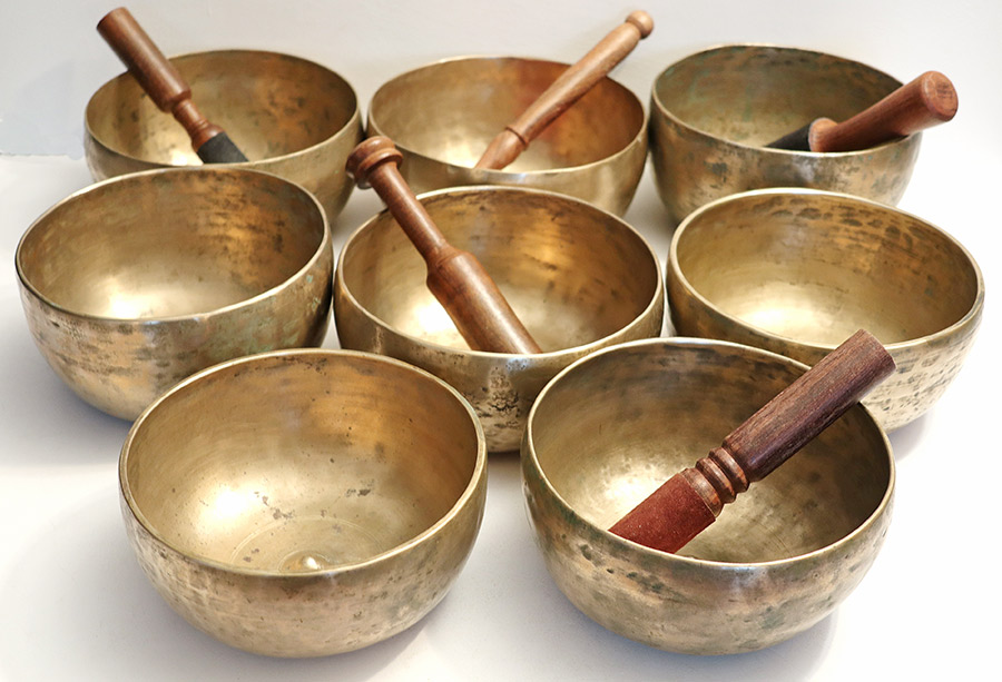 Unique 3rd Octave SET OF 8 Rare Large Antique Lingam Singing & Healing Bowls