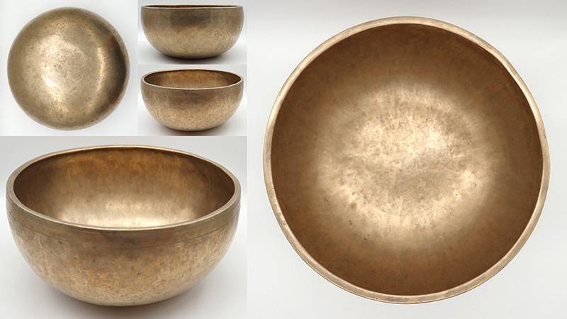 """Glorious Superior Quality 11 ¼"""" Golden Antique Jambati Singing Bowl – Fabulous C#3 Voice"""