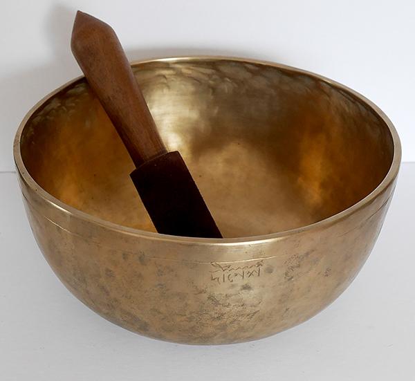 Antique 10 ½ inch Jambati Singing Bowl – A2/E4 & Inscription