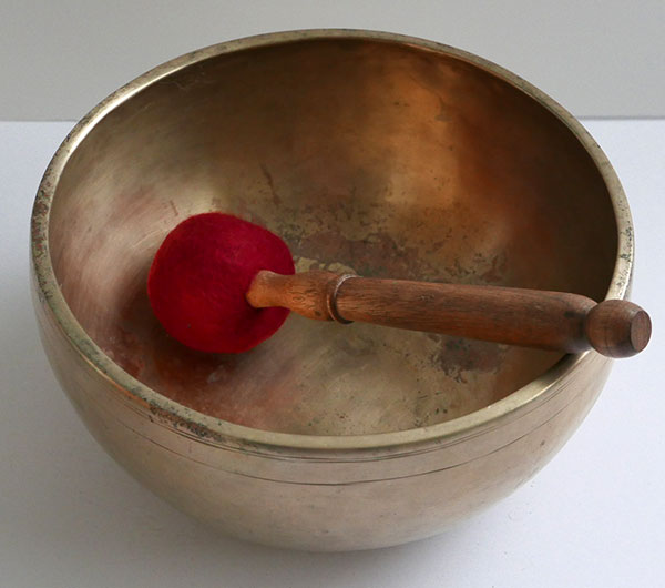 "Premium 8 ¾"" Antique Jambati Singing Bowl – Perfect Pitch G3 (196Hz)"