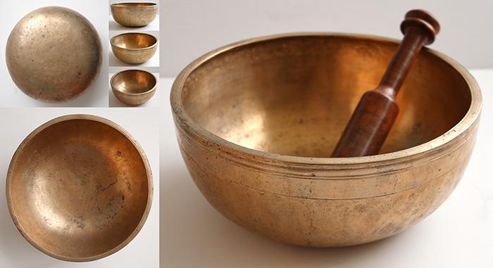 "Nice Medium 9 ¼"" Antique Jambati Singing  Bowl – G3 & D5"
