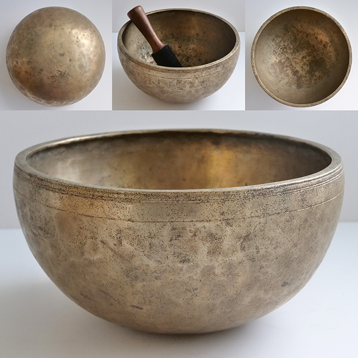"Medium 9 ¼"" Antique Jambati Singing Bowl – Borderline G3/G#3 (202-204Hz)"