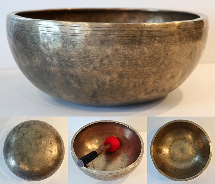 """Large 10 """" Antique Jambati Singing Bowl – Fabulous A3/Bb3 Voice!"""