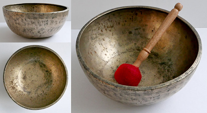 "Large 10 ¼"" Antique Jambati Singing Bowl – Pulsating E3/F3 with Long Sustain"