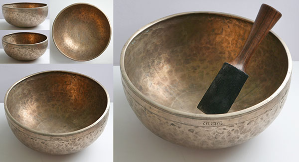 "Large 10 ¾"" Antique Jambati Singing Bowl – Concert Pitch B2 (123Hz) & Inscription"