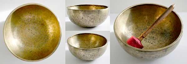 """Large 10 ¾ """" Antique Jambati Singing Bowl – Pulsating D3/Eb3 (152Hz)"""