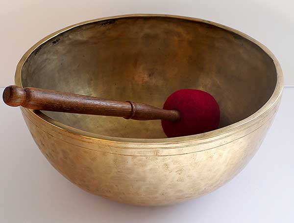 "Large 11 ½"" Antique Jambati Singing Bowl – Low G#2 (104Hz)"
