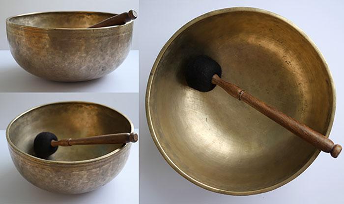 """Magnificent Large 11 ¾"""" Antique Jambati Singing Bowl – G#2"""