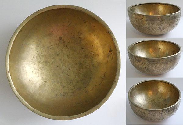 """Large 12"""" Antique C#3 Jambati Singing Bowl – Beautiful Long Pulsating Sustain."""