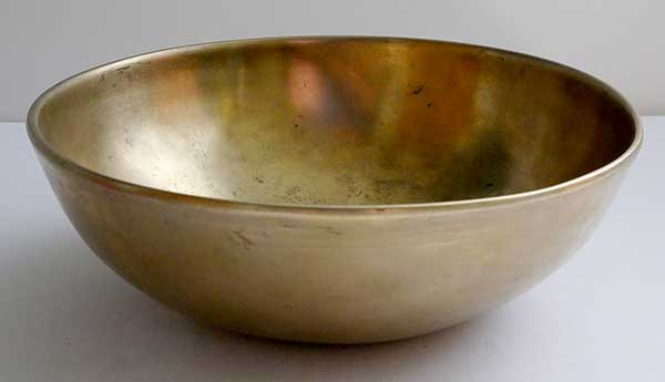 Medium Antique Manipuri Singing Bowl – D3 (147Hz)