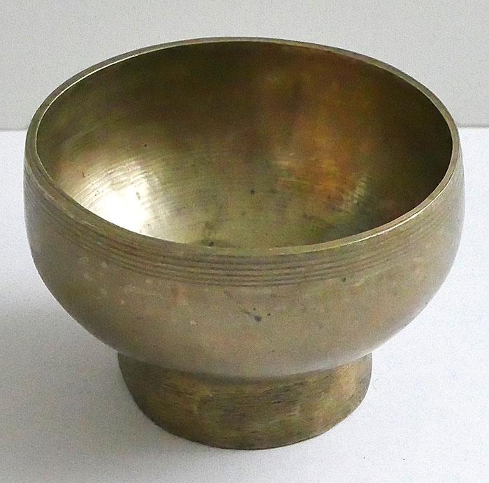Small Antique Naga Singing and Healing Bowl – C5 & Eb6