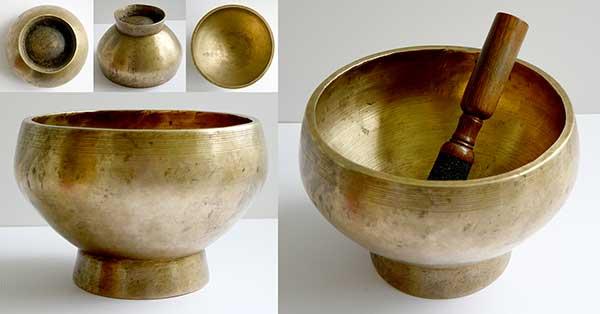 Large Antique Naga Singing Bowl – E4 (328Hz)