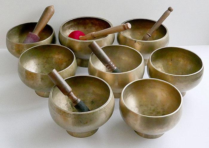 Rare SET OF 6 Medium Size 4th Octave Antique Naga Singing and Healing Bowls
