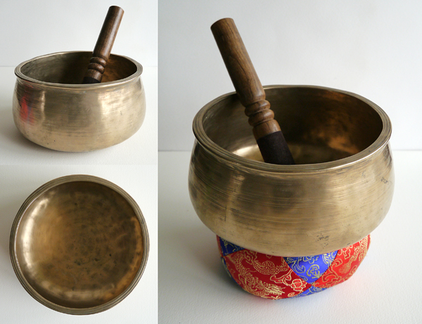 Rare Antique Thadobati Singing Bowl