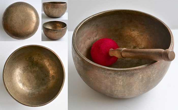 Large Antique Thadobati Singing Bowl – D4 & A5 With Fabulous Copper-Gold Patina