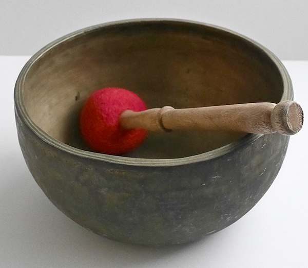 Heavy and Thick Antique Thadobati Singing Bowl in 'As Found' Condition – C#4 (279Hz)