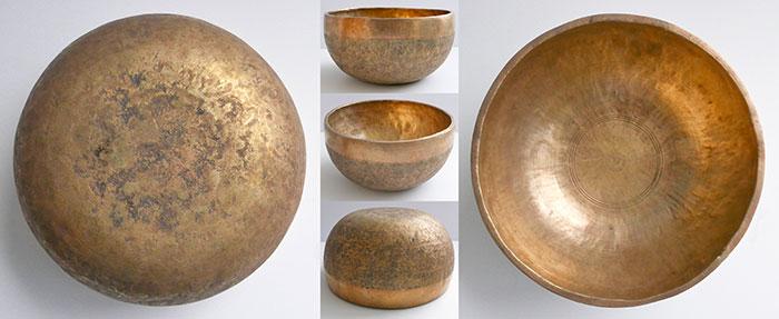 Beautiful Golden Antique Thadobati Singing Bowl – G#3 (210Hz) Nice Sustain