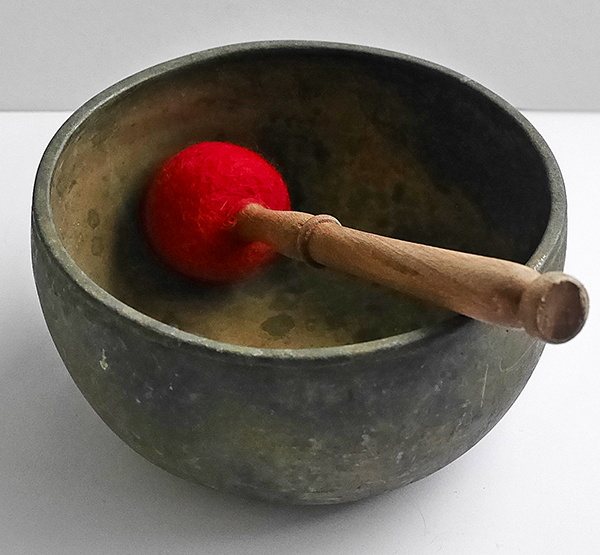 Antique Thadobati Singing Bowl in 'As Found' Condition – C#4 (280Hz)