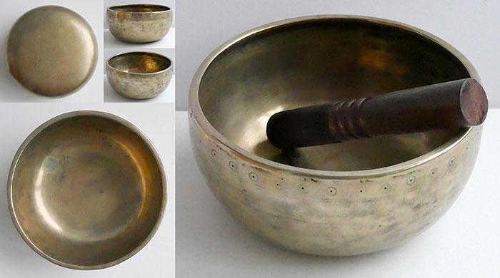 Antique Golden Thadobati Singing Bowl – Eb4 & Bb5 – Exceptional Talker